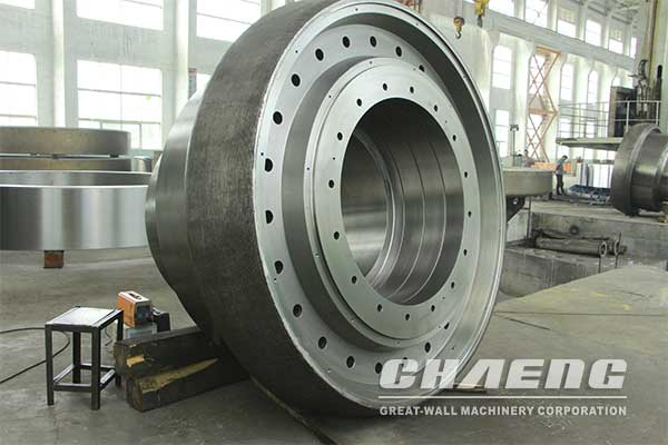 Danish customers order grinding roller for vertical mill
